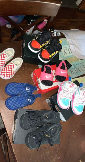 Toddler 4c shoes for Sale in Omaha, NE