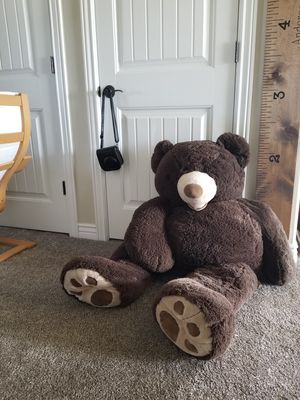 Giant stuffed teddy bear for Sale in Saratoga Springs, UT