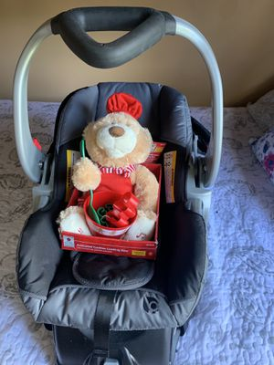 Infant Car seat Like New for Sale in BVL, FL