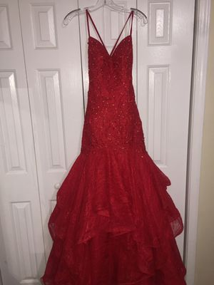 Beautiful red prom dress for Sale in Covington, GA