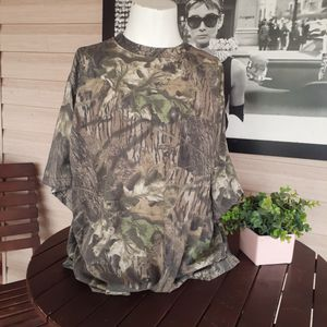 Mossy Oak Camo Classic Short Sleeve T-Shirt 2XL for Sale in Sacramento, CA