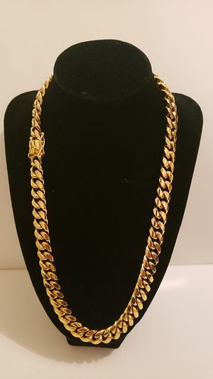 Real 14k Gold Bonded Cuban Link Chain for Sale in Dallas, TX