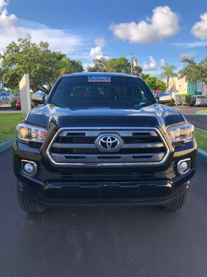 2017 TOYOTA TACOMA LIMITED for Sale in Miramar, FL