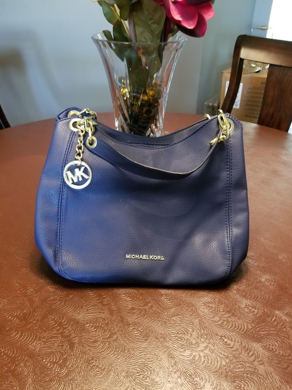 a332887a452e Michael Kors bag for Sale in Jacksonville