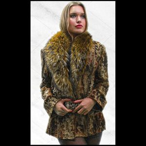 Sculpted Multi Colored Mink Fur Jacket Finish Raccoon Fur Collar Belt Size 2-4 for Sale for sale  New York, NY