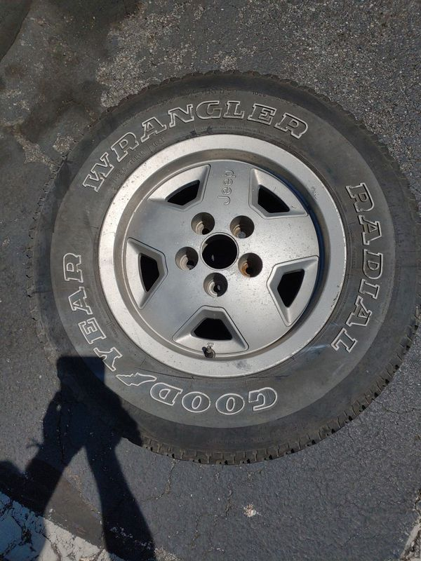 Jeep When and Tire 225/75/15