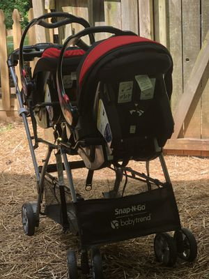 Double stroller for Sale in Mableton, GA