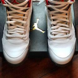 Fire Red Retro Jordan's 5 Size 11 for Sale in Las Vegas,  NV
