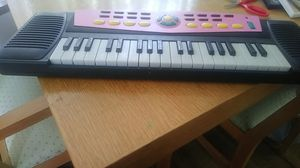 Musical keyboard for Sale in St. Louis, MO