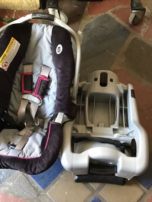 Infant car seat for Sale in Hazleton, PA