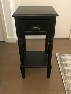 Black Nightstand for Sale in Jersey City,  NJ