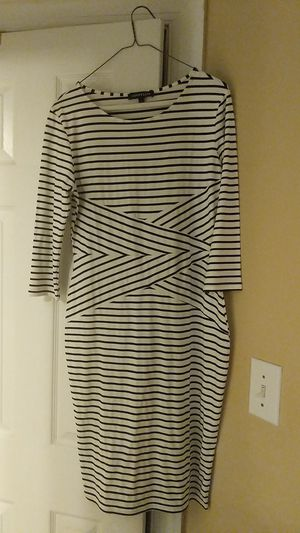 Ra Phyllis brand bodycon dress size large. Fits like a medium. Black and white stripe for Sale in Durham, NC