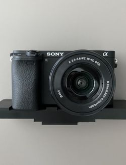 Sony a6300 Camer with Nimar Underwater case for Sale in Miami,  FL