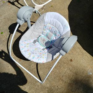 Ingenuity Portable Baby Swing for Sale in Chesapeake, VA