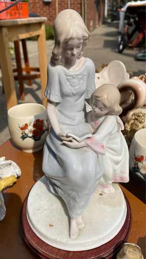 Antique china for Sale in Detroit, MI