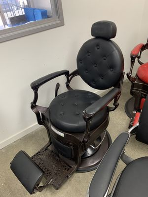 BarberPub Heavy Duty Metal Vintage Barber Chair All Purpose Hydraulic Recline Salon Beauty Spa Chair Styling Equipment 3849 Bk for Sale in Commerce, CA