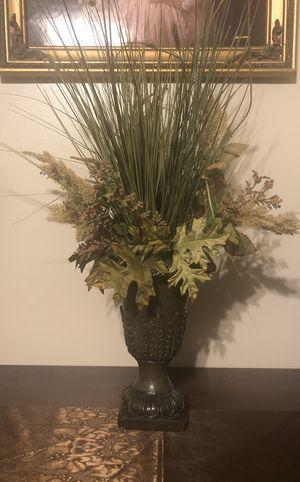 Artificial flower arrangement for Sale in Clermont, FL