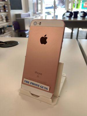 Apple iPhone SE Unlocked for Sale in Mukilteo, WA