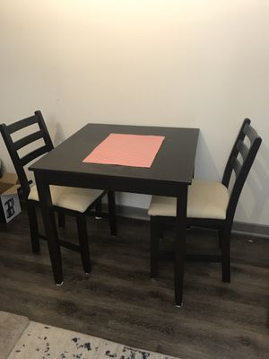 Kitchen table & chairs for Sale in San Diego, CA