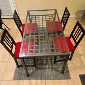 Glass Dining Table for Sale in Clovis, CA