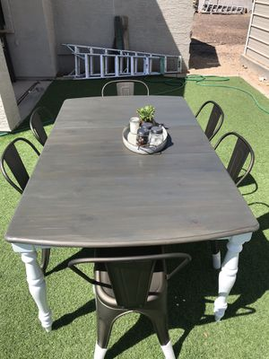 Farmhouse table with metal chairs for Sale in Glendale, AZ