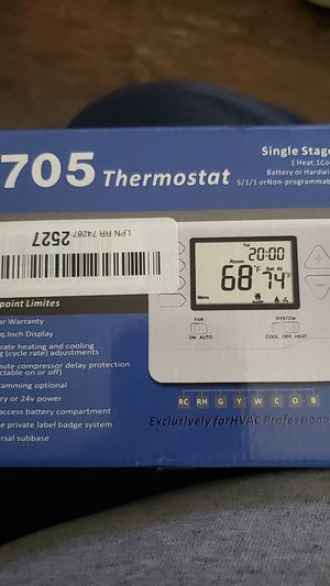 Heagstat H705 5-1-1-Day Single Stage Programmable Thermostat,1 Heat/1 Cool, with 4.5 sq. inch Display for Sale in Fontana, CA