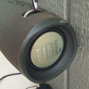 JBL SPEAKER XTREME 2 for Sale in Long Beach, CA