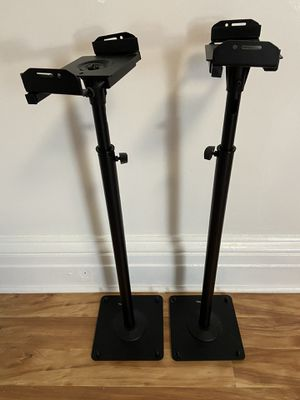 Pair of Speaker Stands for Sale in Jersey City, NJ