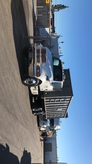2005 sterling acterra Clean tittle for Sale in Santa Ana, CA