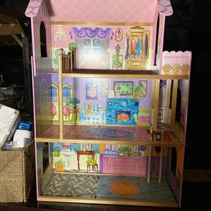 Doll House for Sale in Kent, WA