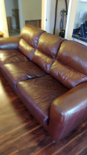 Free Brown Leather Couch for Sale in Vancouver, WA