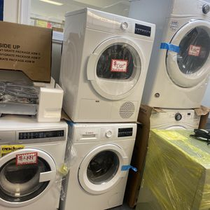 "New Scratch&dent Bosh 24"" Front Load Washer And Ventless Electric Dryer Set Manufacturer Warranty for Sale in Laurel, MD"