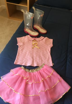 American girl outfit with boots (wellie wishes Ashlyn) for Sale in Alexandria, VA