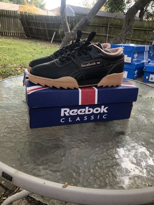Reebok classic ripple for Sale in Dallas, TX