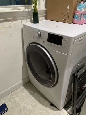 Kenmore Elite Electric Dryer for Sale in Boston, MA