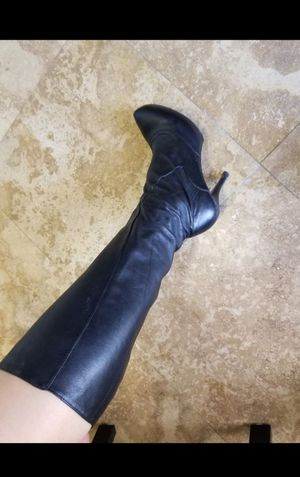 Maxstudio fine leather sexy boots size 8 (feels like 8.5or even closer to 9) $400 originally for Sale in Davie, FL