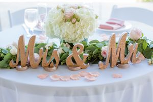 """""""Mr & Mrs"""" Sign for wedding sweetheart table for Sale in San Jose, CA"""