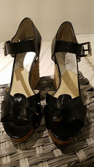Michael Kors Jet Set 6 Wedges. Size 7.5. for Sale in Downey, CA
