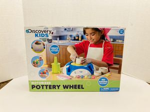 Discovery Kids Motorized Pottery Wheel Arts And Crafts Toy Set for Sale in Spring Hill, FL
