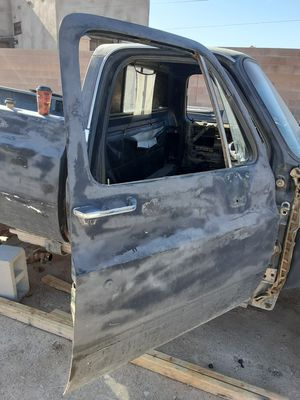 73-87 CHEVY TRUCK DOORS ! FROM A 84 CHEVY C20 SILVERADO CAMPER SPECIAL PICKUP TRUCK! 2 BARE DOORS NO GLASS, NO WINDOWS ! for Sale in Las Vegas, NV
