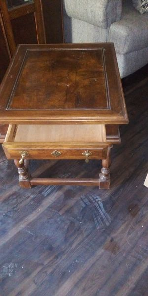 Small Table or End Table for Sale in Dallas, TX