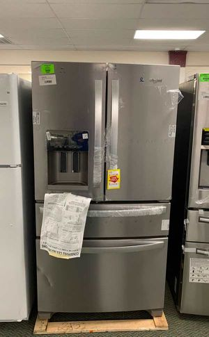BRAND NEW WHIRLPOOL WRX735SDHZ REFRIGERATOR M87 U for Sale in Los Angeles, CA