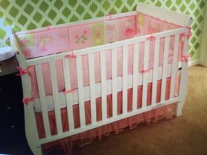 White wooden crib for Sale in Parma, OH