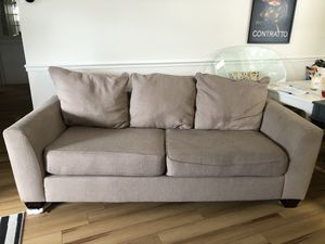 Beige Couch for Sale in Orlando, FL
