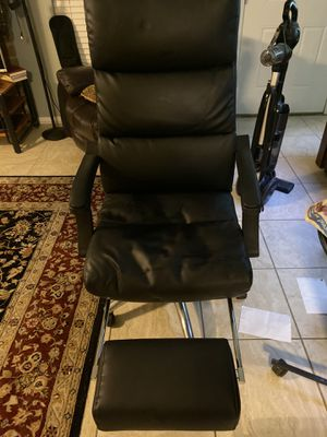 Very nice office chair for Sale in Clovis, CA