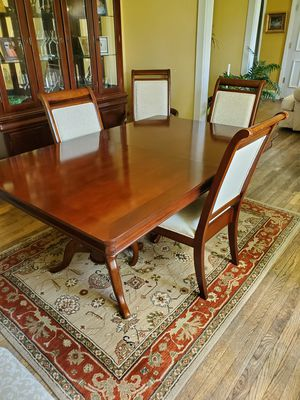 Rivers Edge Red woods 8oc Dining set for Sale in Baltimore, MD
