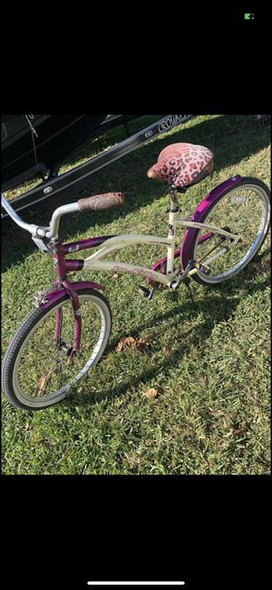 Bike beach cruiser size 24 rides good cheap price for Sale in Miami, FL