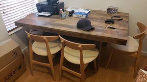 Mesa de comedor de Madera Con 4 sillas for Sale in Miami, FL