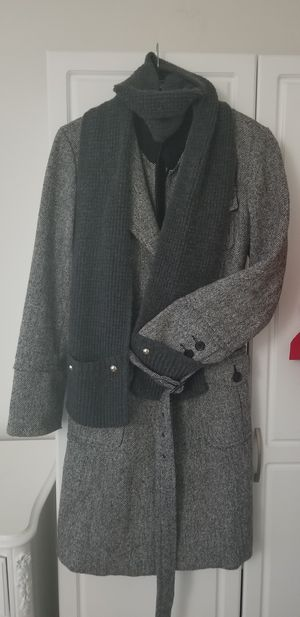 Stunning warm women's Large coat with belt, zipper and button closure. Fully lined. Excellent condition. $140 retail. No damage. Smoke free. for Sale in Frederick, MD