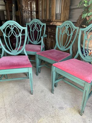 Set of 6 antique chairs, 1 w/ arms & needlepoint Seat , 5 w/o arms and velvet seat of matching color for Sale in Columbia, MO